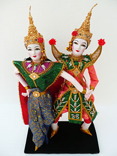 Thai Dancing Dolls